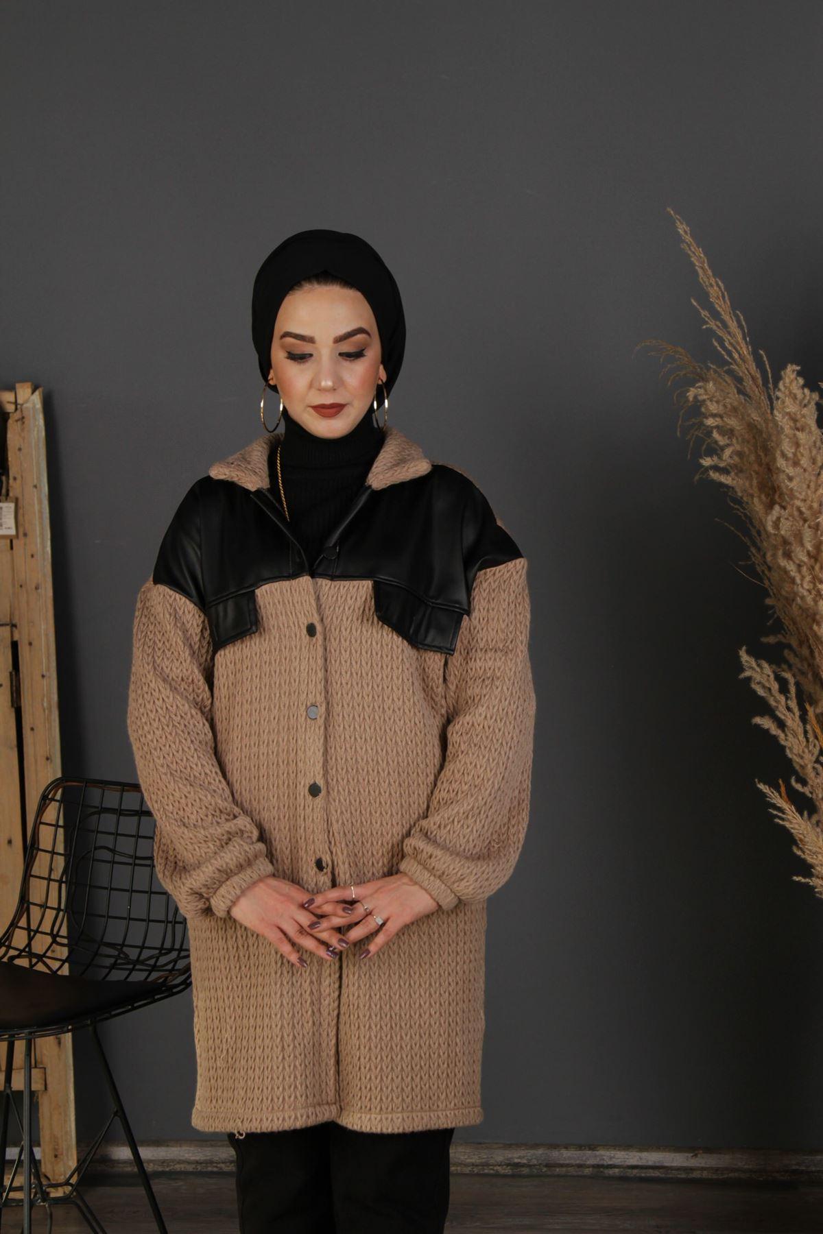 Kadın Çelik Örgü Düğmeli Kap - Vizon