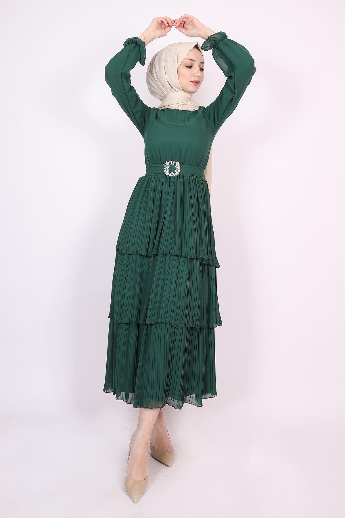 Kadın Taşlı Kuşaklı Kat Kat Pileli Elbise - Zümrüt