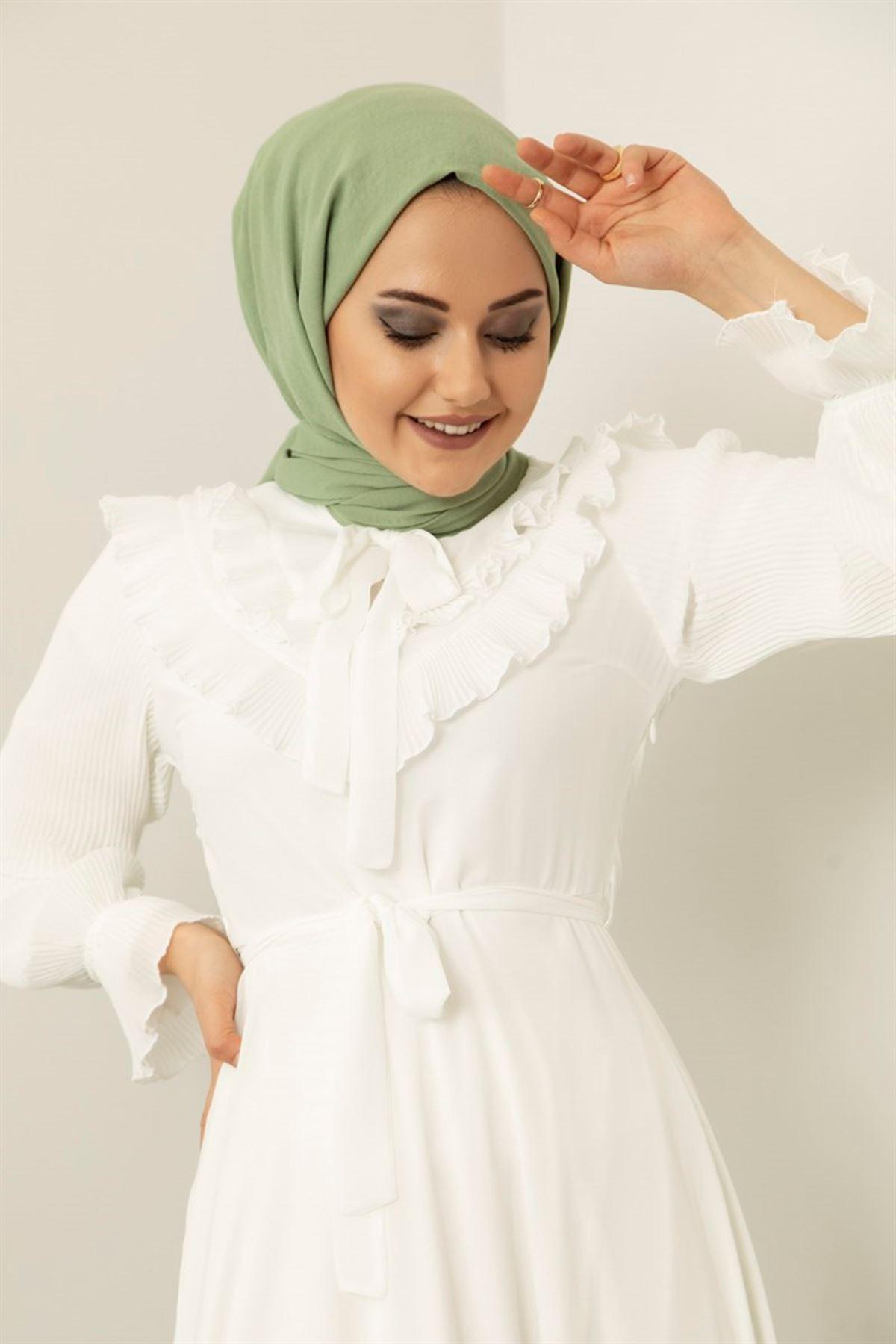 Kadın Pilise Fırfır Detaylı Elbise - Beyaz