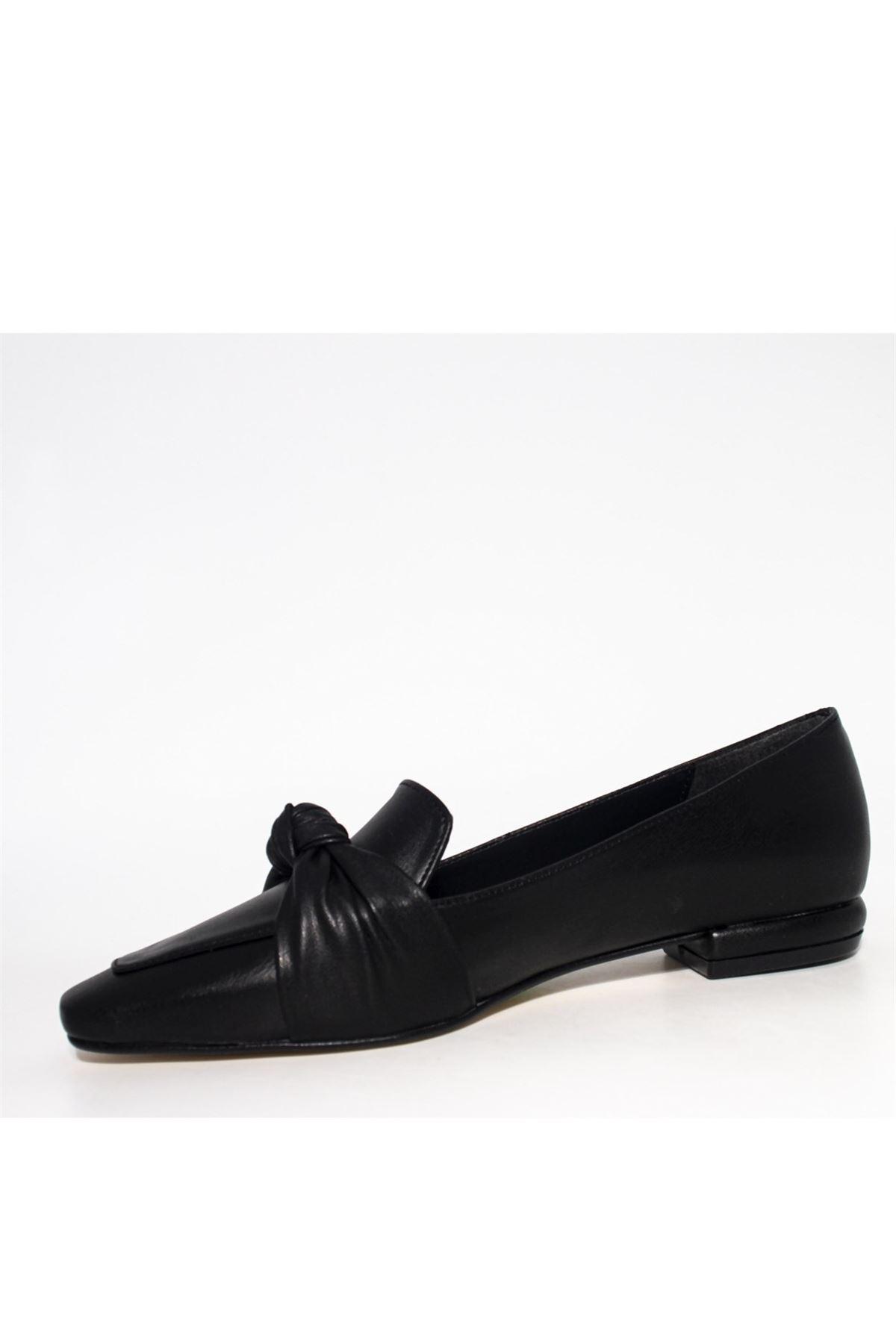Kadın Önden Düğümlü Loafer Ayakkabı - Siyah